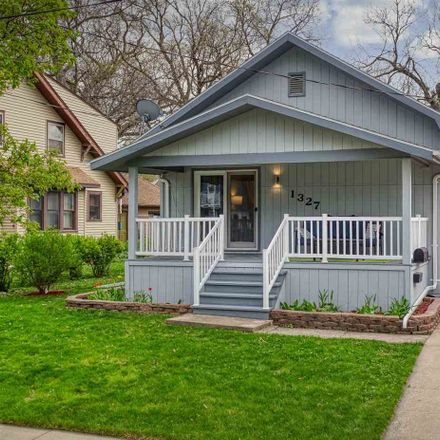 Rent this 2 bed house on 1327 West Rogers Avenue in Appleton, WI 54914