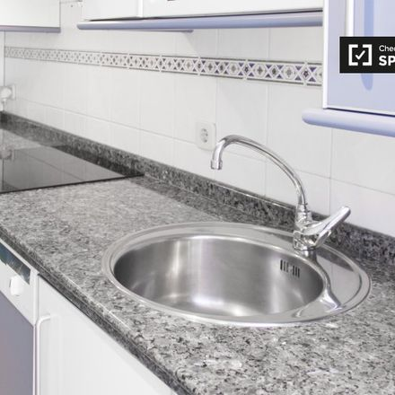 Rent this 1 bed apartment on Carril bici Pasillo Verde in Sportoday, 28001 Madrid