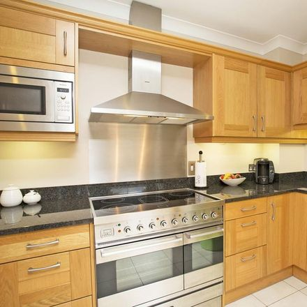 Rent this 3 bed apartment on Calverley Court in Tunbridge Wells TN1 2JN, United Kingdom