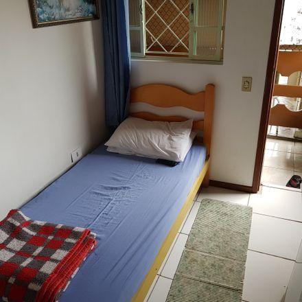 Rent this 5 bed room on Rua Lívio Moreira in 407, Curitiba - PR