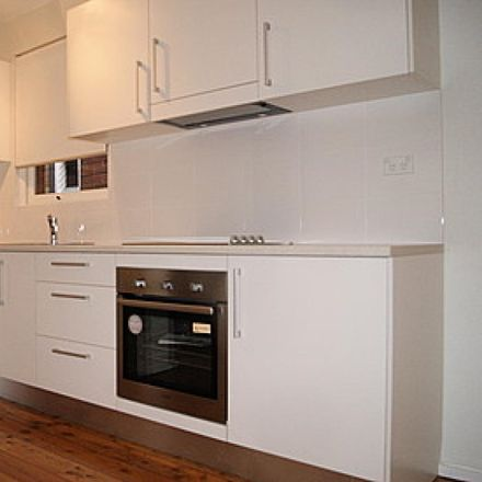 Rent this 1 bed apartment on 3 / 140 SPIT Road