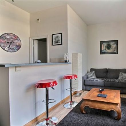 Rent this 2 bed apartment on 76 Rue de Rome in 75008 Paris, France