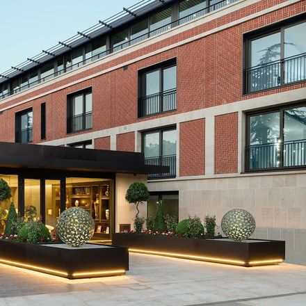 Rent this 3 bed apartment on Far Field in Hampstead Lane, London N6 4LL