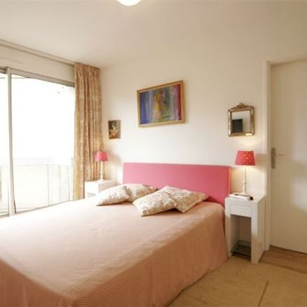 Rent this 2 bed apartment on 3 Rue Larochelle in 75014 Paris, France
