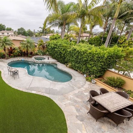 Rent this 5 bed house on 1531 9th Street in Manhattan Beach, CA 90266