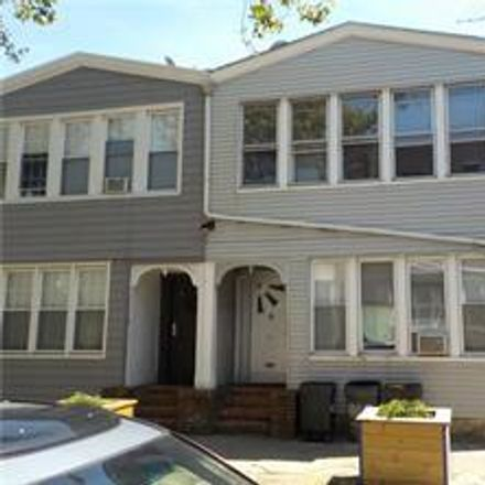 Rent this 7 bed townhouse on 2 Cypress Court in New York, NY 11208