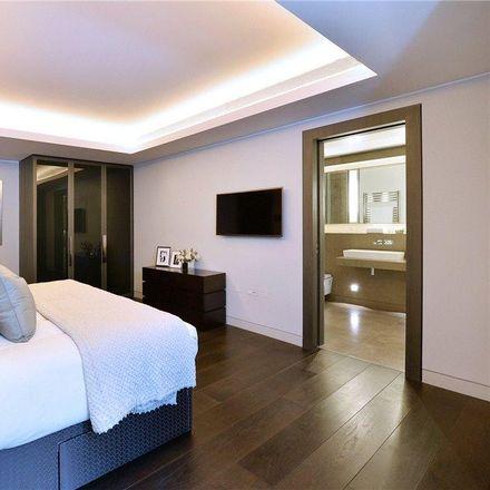 Rent this 2 bed apartment on 55-73 Duke Street in London W1K 6JA, United Kingdom