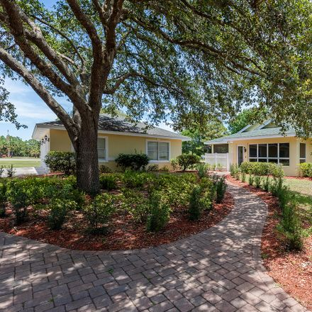 Rent this 4 bed house on Kitty Hawk Ct in Port Saint Lucie, FL