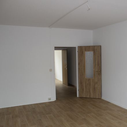 Rent this 3 bed apartment on Leipziger Straße 35 in 09113 Chemnitz, Germany