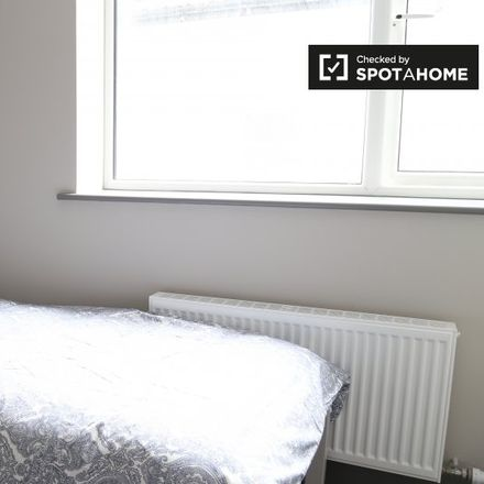 Rent this 5 bed apartment on 22 The Rise in Drumcondra South C ED, Dublin