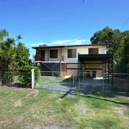 Rent this 3 bed house on 54 Moonmerra Street