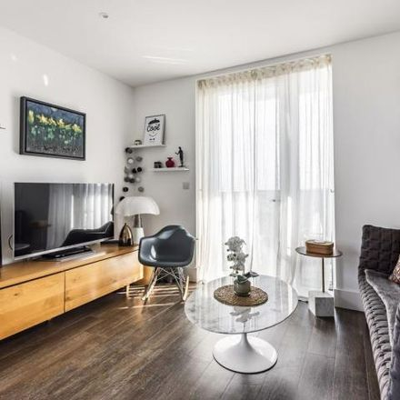 Rent this 2 bed apartment on Cannon Square in Crossrail Path, London SE18 6GD