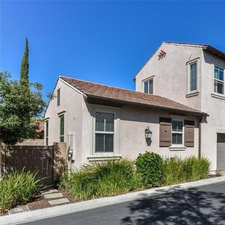 Rent this 4 bed condo on Serenity in Irvine, CA 92618:92705