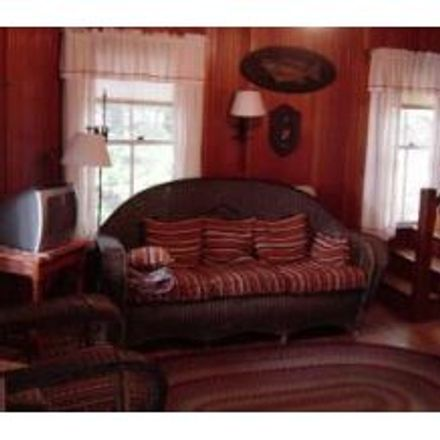 Rent this 4 bed house on 28 Wawbeek Road in Tuftonboro, NH 03853