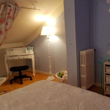 Rent this 1 bed room on 25 Rue Paul Jamin in 72100 Le Mans, France