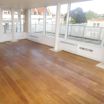 Rent this 2 bed apartment on North Contemporis in Merchants Road, Bristol BS8 4HH