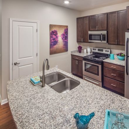 Rent this 2 bed apartment on Midlothian