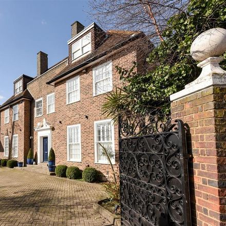 Rent this 6 bed house on 95 Platt's Lane in London NW3 7NH, United Kingdom