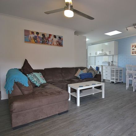 Rent this 2 bed apartment on 8/11 West Dianne Street