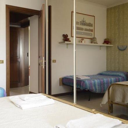 Rent this 1 bed room on Zona XXVII Torrino in Via della Grande Muraglia, 00144 Rome RM