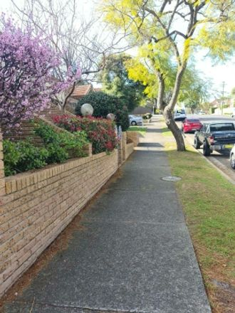 Rent this 1 bed room on Nicholson Street in Crows Nest NSW 2065, Australia