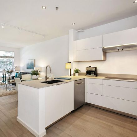 Rent this 1 bed condo on 821 Folsom Street in San Francisco, CA 94103-3124