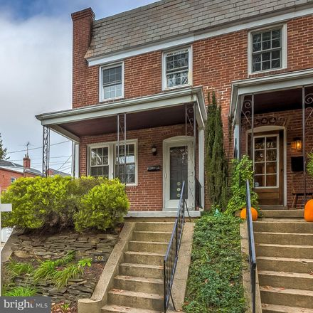 Rent this 3 bed townhouse on 502 West 37th Street in Baltimore, MD 21211