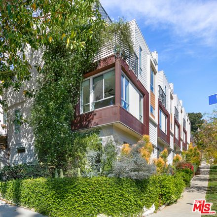 Rent this 3 bed townhouse on 1330 Douglas Street in Los Angeles, CA 90026