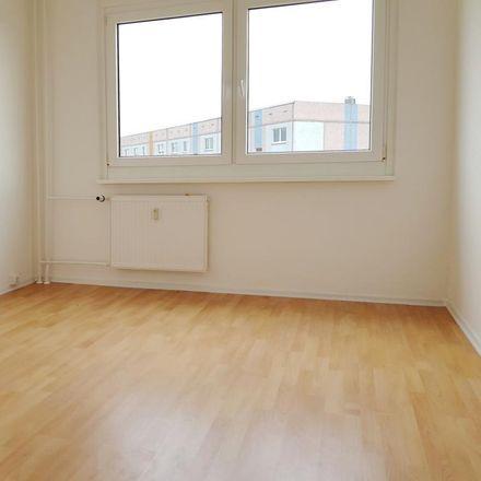 Rent this 3 bed apartment on Mansfeld-Südharz in Wilhelm-Pieck-Siedlung, SAXONY-ANHALT