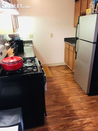 Rent this 2 bed apartment on 1583 Presidential Drive in Upper Arlington, OH 43212