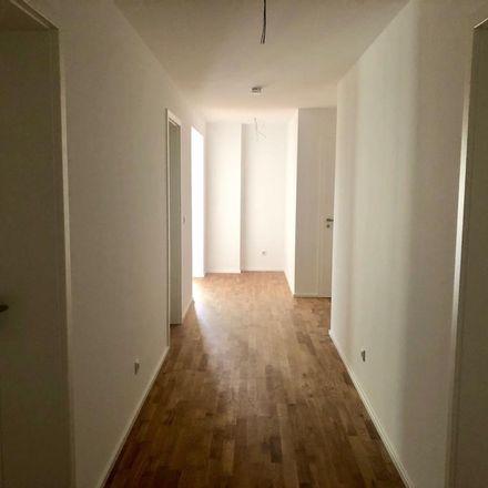 Rent this 4 bed apartment on Königswinterer Straße in 53227 Bonn, Germany