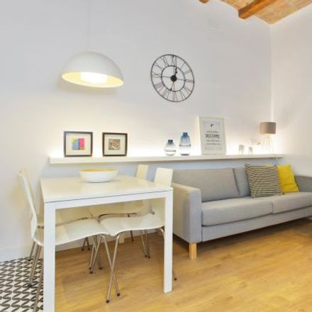 Rent this 3 bed apartment on Carrer de Ramón y Cajal in 72, 08012 Barcelona