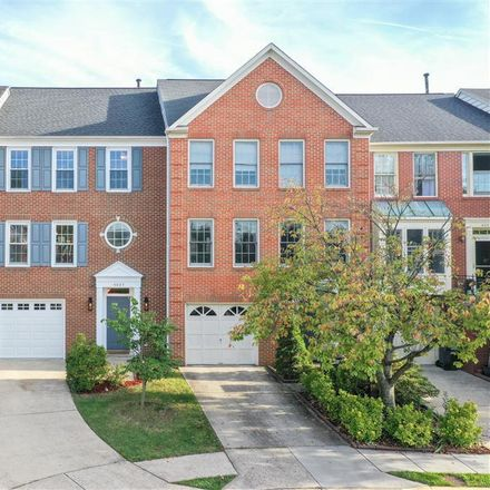 Rent this 3 bed townhouse on 4025 Dogberry Lane in Chantilly, VA 22033