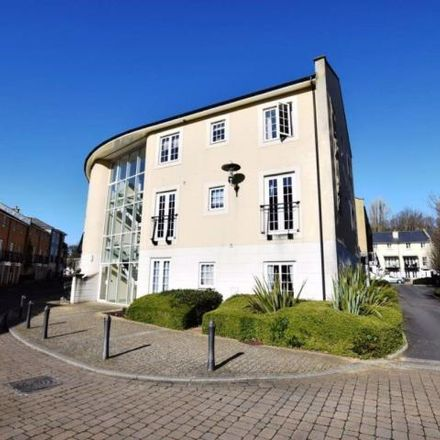 Rent this 3 bed apartment on Waters Edge in Lower Burlington Road, Bristol