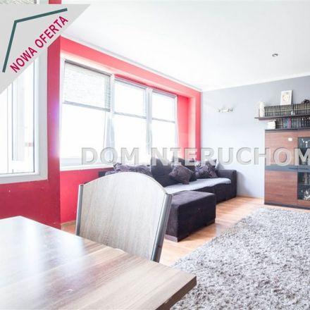 Rent this 3 bed apartment on Gimnazjum nr 7 w Olsztynie in Żołnierska 39, 10-437 Olsztyn