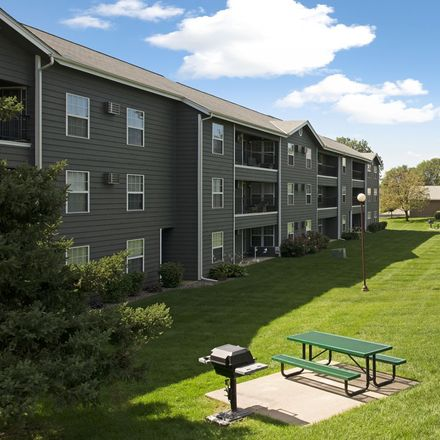 Rent this 2 bed apartment on 1124 Lions Park Drive in Elk River, MN 55330
