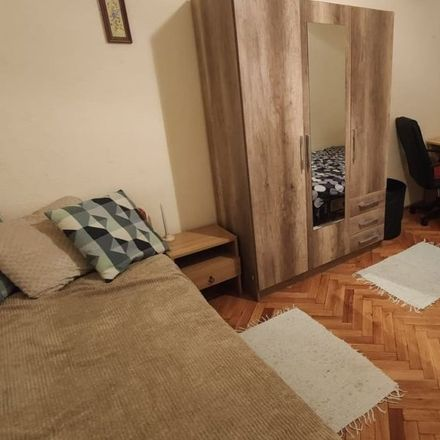 Rent this 3 bed room on Budapest in Wesselényi utca 46, 1077