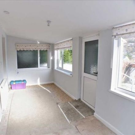 Rent this 2 bed house on Llwynypia Road in Tonypandy CF40 2ER, United Kingdom