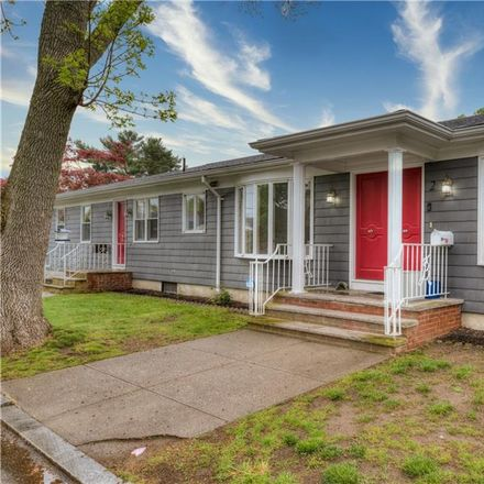 Rent this 3 bed house on 2 Clove Street in Providence, RI 02908
