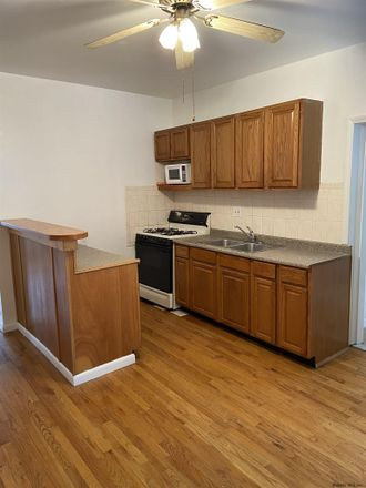 Rent this 3 bed apartment on 19 McCarty Avenue in Albany, NY 12202