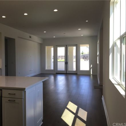 Rent this 3 bed condo on Follyhatch in Irvine, CA 92602:92618