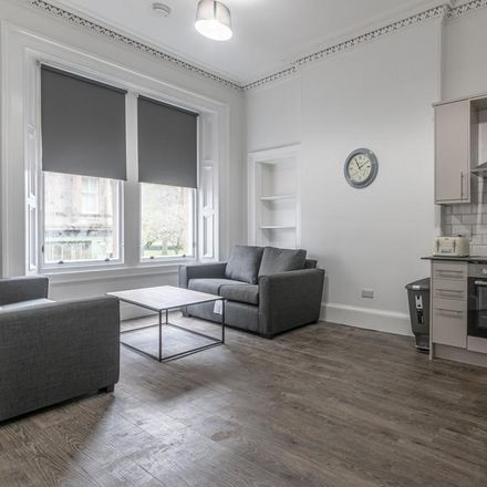 Rent this 3 bed apartment on 14-15-16-17 Bruntsfield Place in City of Edinburgh EH10 4HN, United Kingdom