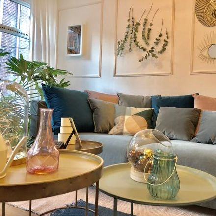 Rent this 4 bed apartment on Oude Looiersstraat 42-2 in 1016 VJ Amsterdam, The Netherlands