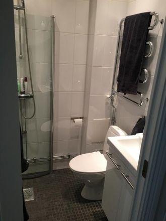 Rent this 1 bed apartment on Teknologgatan 9B in 113 60 Stockholm, Sweden