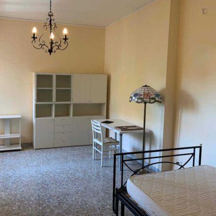 Rent this 3 bed room on Bar Mario Tornatora in Via Oderisi da Gubbio, 27/29