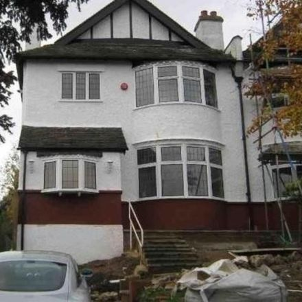 Rent this 2 bed apartment on Whitehorse Lane in London SE25 6UR, United Kingdom