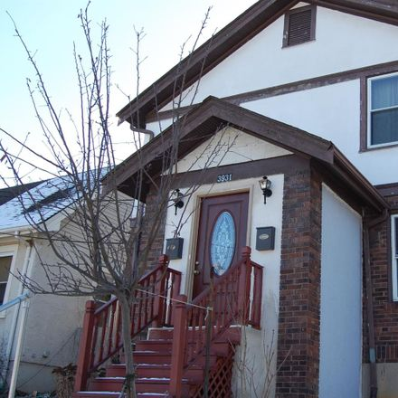 Rent this 1 bed apartment on 3931 Oakpark Pl in Cincinnati, OH