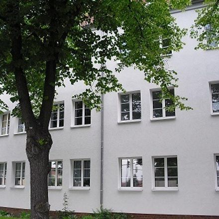 Rent this 2 bed apartment on Magdeburg/Berliner Chaussee in Berliner Chaussee 42, 39114 Magdeburg