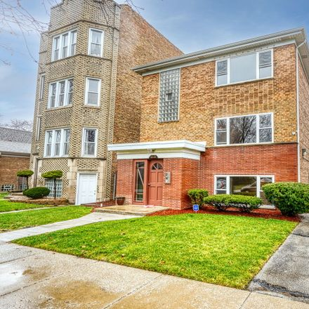 Rent this 3 bed townhouse on 8133 South Prairie Avenue in Chicago, IL 60619