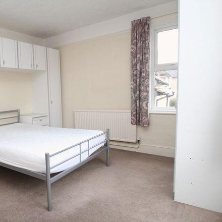 Rent this 1 bed apartment on Roberts Road in Wycombe HP13 6XB, United Kingdom